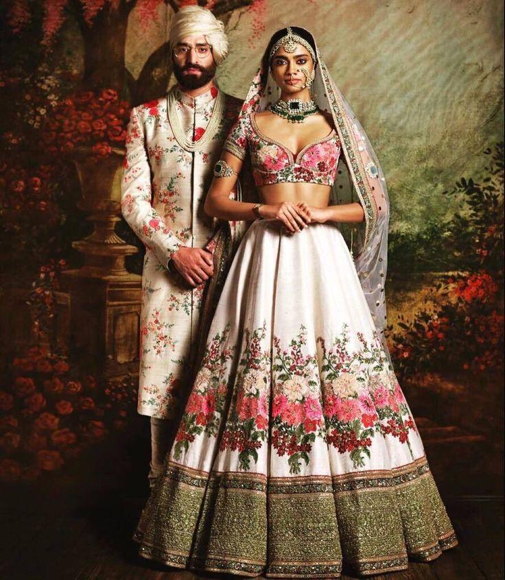 heiße indische Aktbilder
