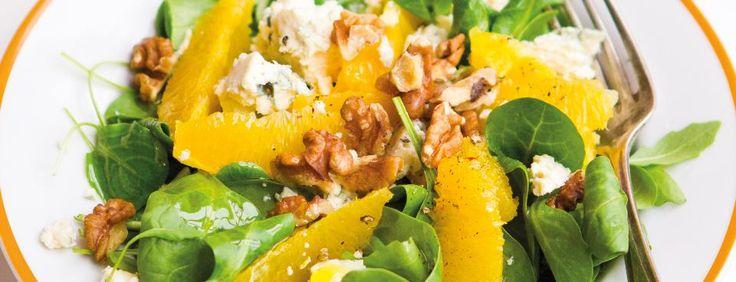 Pomerančový salát s ořechy