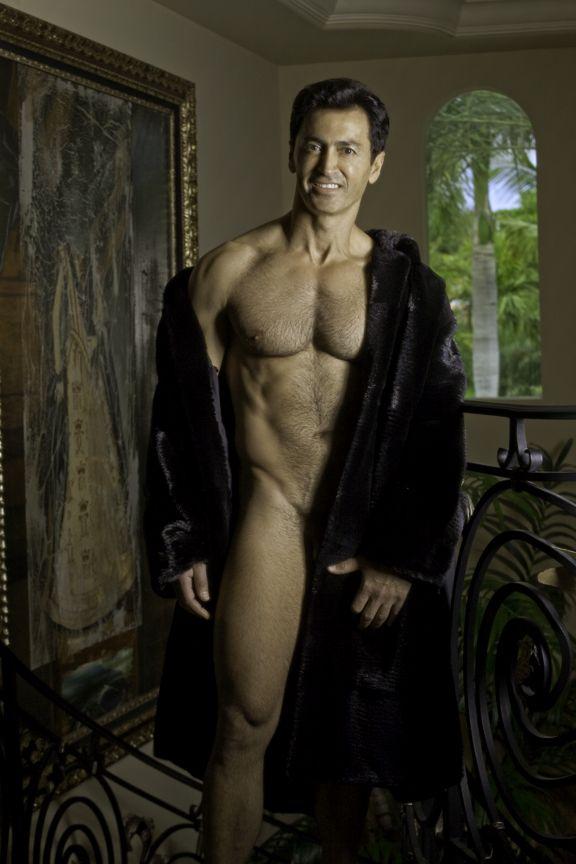 naked men on bing