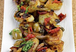 Lyonnaise Potatoes with Green Olives and Sun-Dried Tomatoes Recipe      Read more: http://www.oprah.com/food/Lyonnaise-Potatoes-with-Green-Olives-and-Sun-Dried-Tomatoes-Recipe#ixzz2ZtRwdl4e