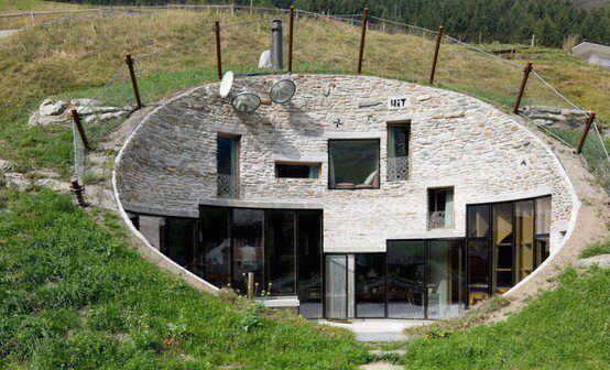Casas enterradas architecture pinterest stay cool - Casas enterradas ...