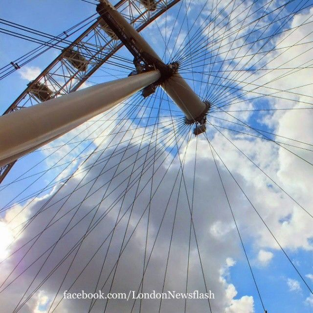 #ldn #london #uk #igersuk #ig_london #londoners #instalondon #igerslondon #londonlife #londres #londra #thisislondon #londoners  #londoner #wanderlust #viaje #reise #travel #instapassport #viagem  #voyage  #londonphoto #mylondon #londoneye #londontrip #londonerslondon #england #thelondoneye #southbank #igersengland #reisen #travels #travelblog #sky #unitedkingdom #greatbritain #travelblogger #instagram #travelling #traveller