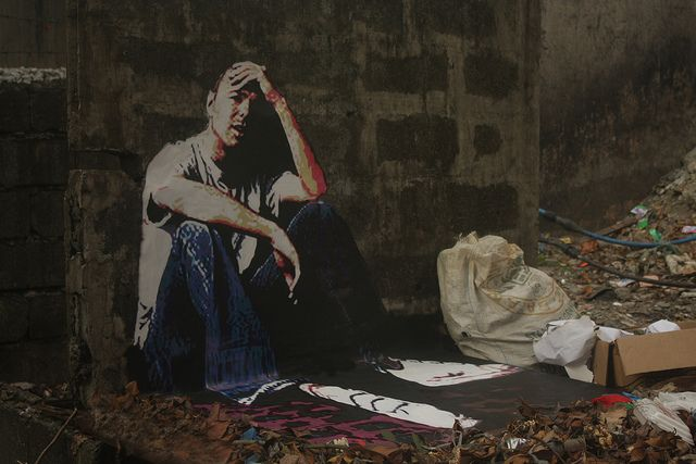 3D street art, the Hotstepper - Karl Pilkington in Manila, Philippines by Strellevik, via Flickr