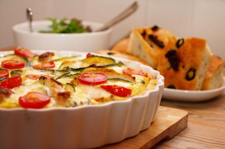 Kyllingpai med mozzarella og middelhavsgrønnsaker