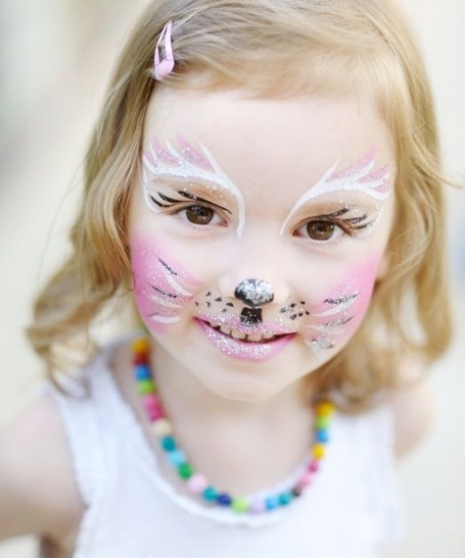 cute pastel cat makeup for shiny girls
