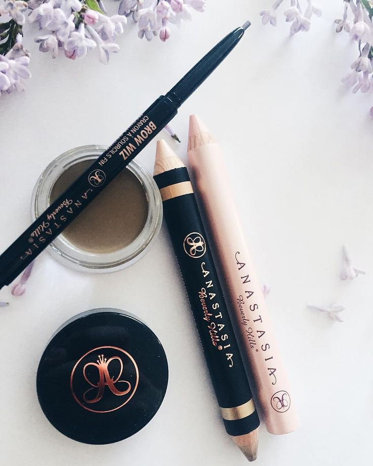Brow essentials  Thank you for the picture @diorhjerte  #anastasiabrows