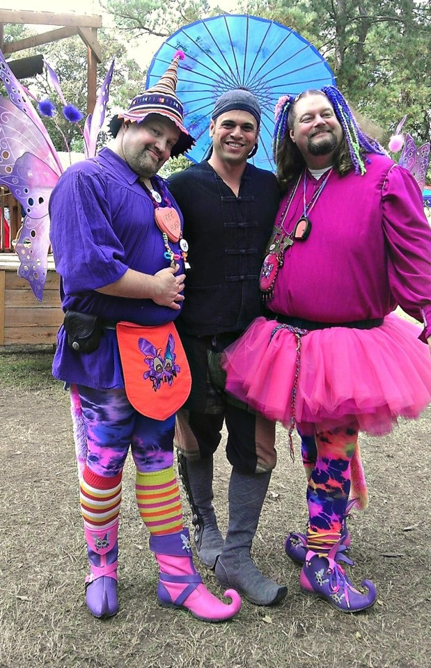 """Texas Renaissance Festival-Now this is what I call a """"real"""" man!  I love that these guys got together and wore these costumes.  I wish I could get ANY man in my life to do this!  How fun!"""