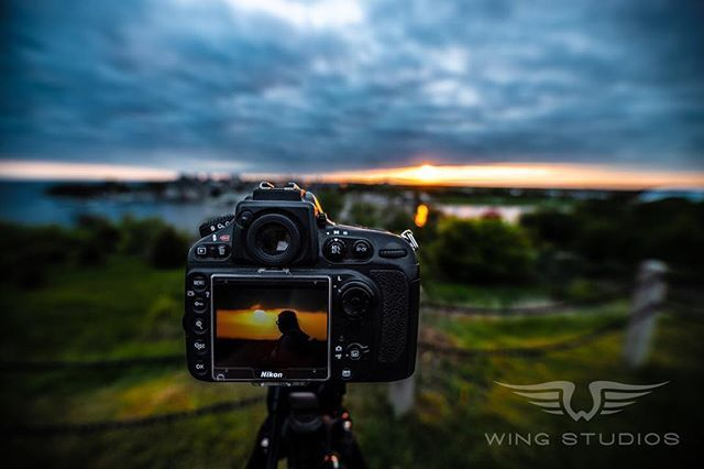 Some Sunday #sunsets with @chercannon. #ygklove #sigmaart #sigma #ygkphotographer #ygkbusiness #photography #photographer #kingston #ontario #canada #ottawa #toronto #landscape #landscapephotography #travelphotography #ontariobusiness #funatthefort #forthenry #kingstonskyline #beautiful #calming