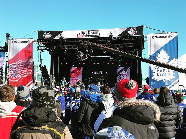 NHL having a pre-game concert before the big game between the Detroit #RedWings and Toronto #MapleLeafs. Thanks @rachel.wittman!  #SuperTailgate #tailgate #tailgating #win #letsgo #gameday #travel #adventure #stadium #party #sport #ESPN #jersey #sports #league #SportsNews #score #photooftheday #love #Hockey #NHL