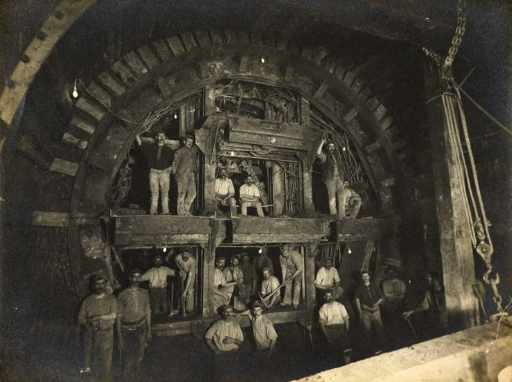 Men at work on the Central Line of the London Underground, 1898