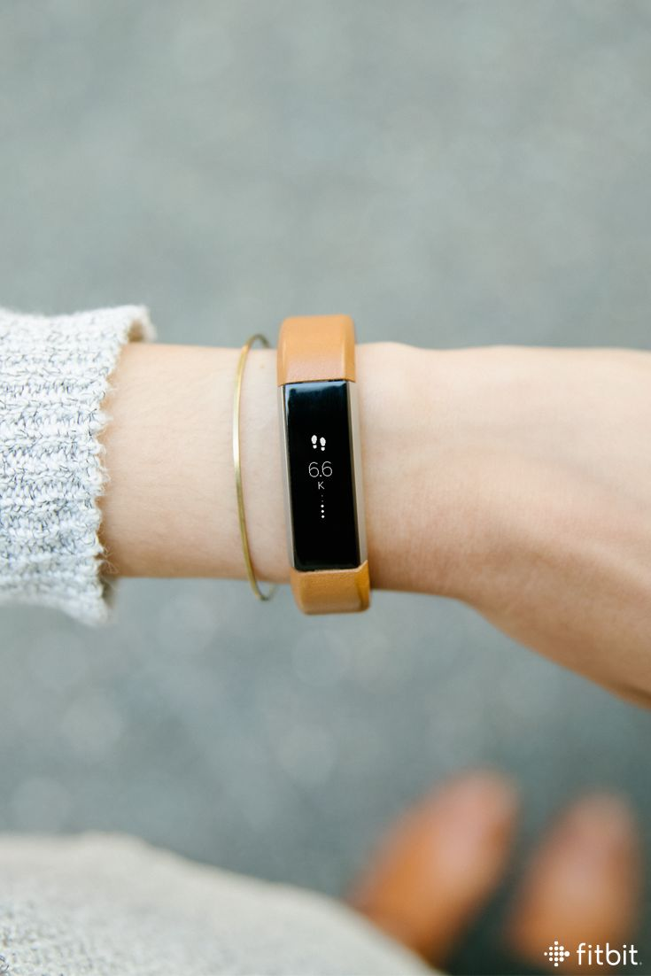 A new camel accessory band for Fitbit Alta is here! It's soft, genuine leather for a look that's effortlessly casual. We apologize if you get too many compliments.