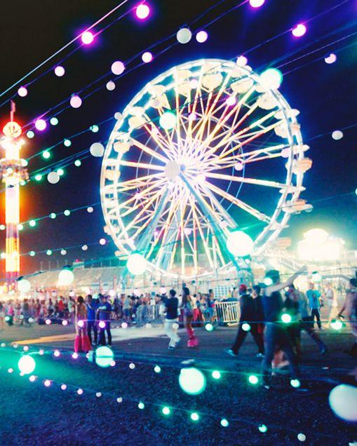 Edc. I still want to go on the ferris wheel #edclv #edm #lights