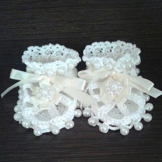 plektodimiourgies: Πλεκτά παπουτσάκια με πέρλες