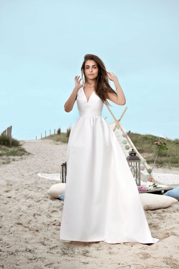 67 best Long Sleeve Wedding Dresses images on Pinterest | Short ...