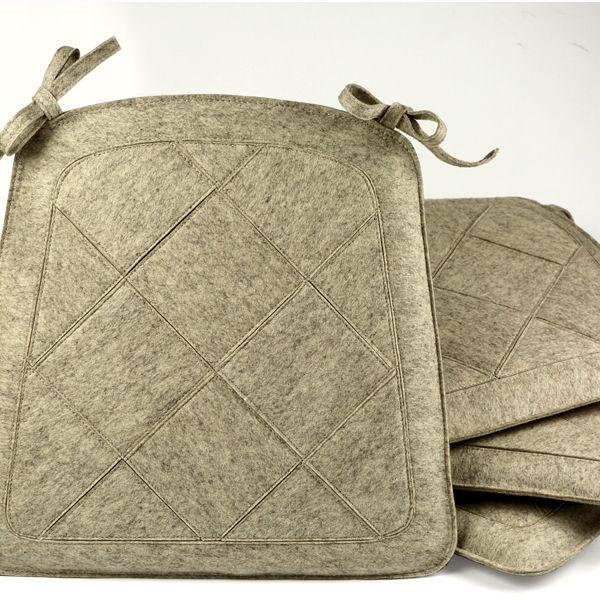 Sitzkissen aus 100% Wollfilz - 2mm Teils bis zu 3-lagig vernäht. Größe und Farbe ist frei wählbar. Passend zum Teppich Amoroso