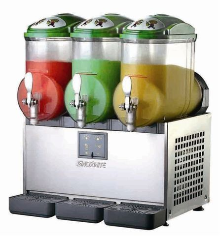 Slushie Machine / Slush #wedding  Serve frozen fruit daiquiris?