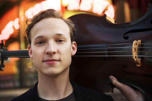 AU Review - Ben Sollee kicks off intimate tour of Australia over New Years! | the AU review