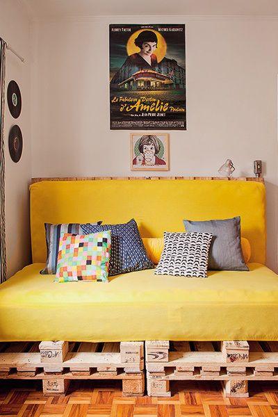 Projeto Brasileiro na revista Minha Casa, otima opção de aproveitar os pallets como base do colchão fornecendo um visual com estilo