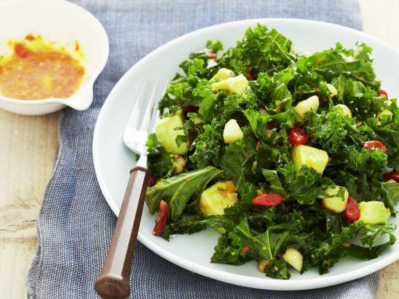 Grünkohl-Avocado-Salat mit Goji-Beeren dazu Granatapfel-Kumquat-Dressing ist ein Rezept mit frischen Zutaten aus der Kategorie Fruchtgemüse. Probieren Sie dieses und weitere Rezepte von EAT SMARTER!