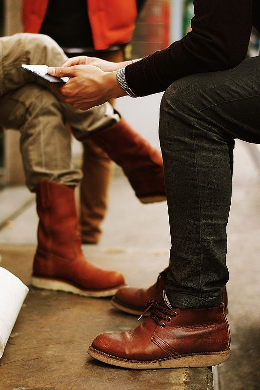 boot country: Makeup Tools, Men Boots, Leather Boots, Boots Country, Men Fashion, Cool Shoes, Brown Boots, Black Jeans, Cognac Boots