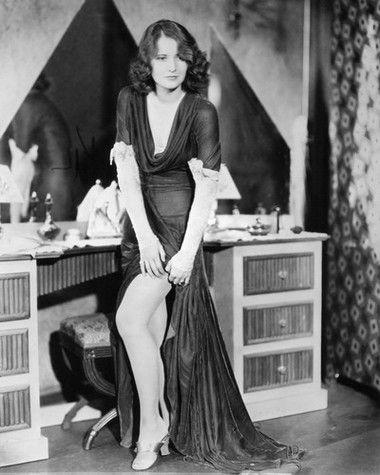 Barbara Stanwyck.......Uploaded By  www.1stand2ndtimearound.etsy.com