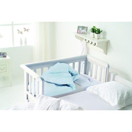 Carena Väddö, Barnets första säng, Vit