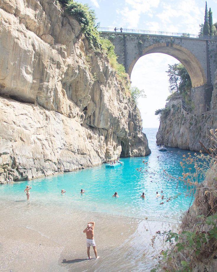 """Fiordo di Furore, South Italia 7,152 Likes, 222 Comments - O lado bom da vida ✨ (@thiago.lopez) on Instagram: """"Sabe aquele lugar que você vê em centenas de fotos no Instagram e fica morrendo de vontade de…"""""""