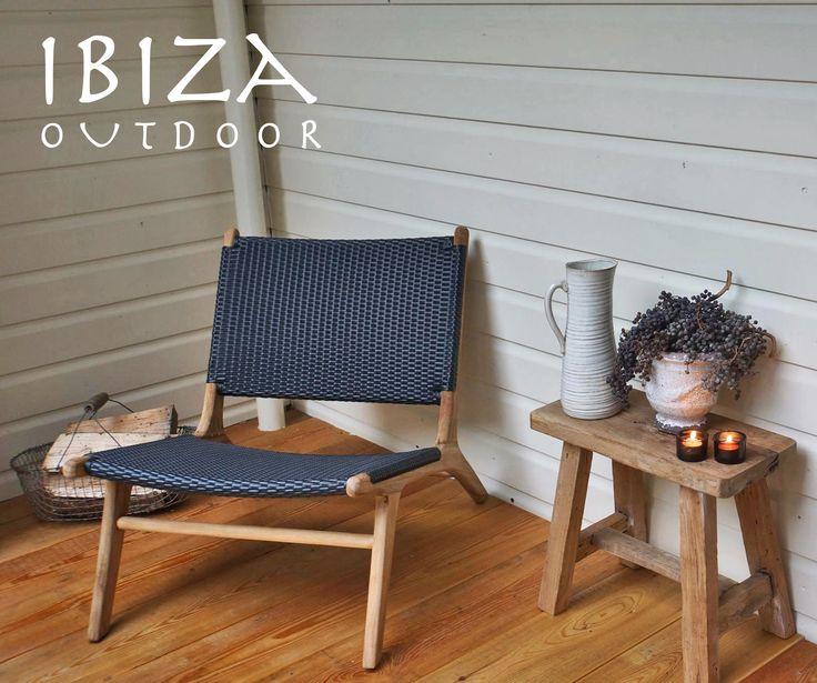 Leuke foto uit Friesland ontvangen van Theo met op haar buiten veranda de ushuaia vintage lounge stoel en het oud houten krukje, love it! bij interesse mail naar ibizaoutdoor@gmail.com ook voor een afspraak in de loods. gr Mees
