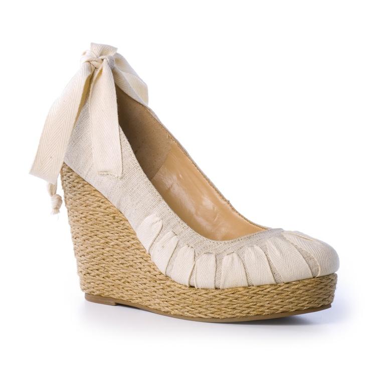 Anabela Linho -   Cód. 27096: Shoes Wedges, Ah Shoes, Fashion Shoes, Shoes Fashion, Shoes Women, Classy Ladies, Shoes Shoes