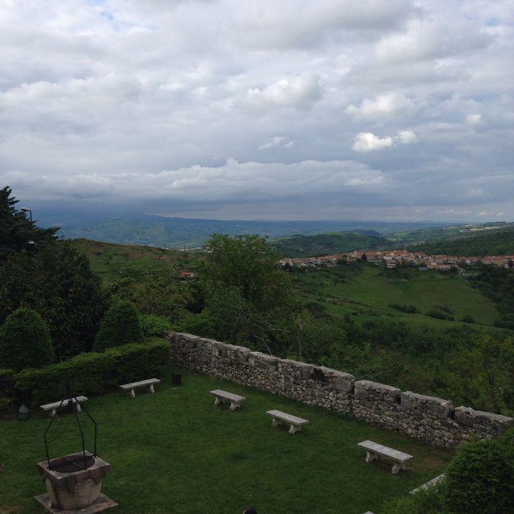 Salle vista dall' omonimo castello Salle view from namesake castle