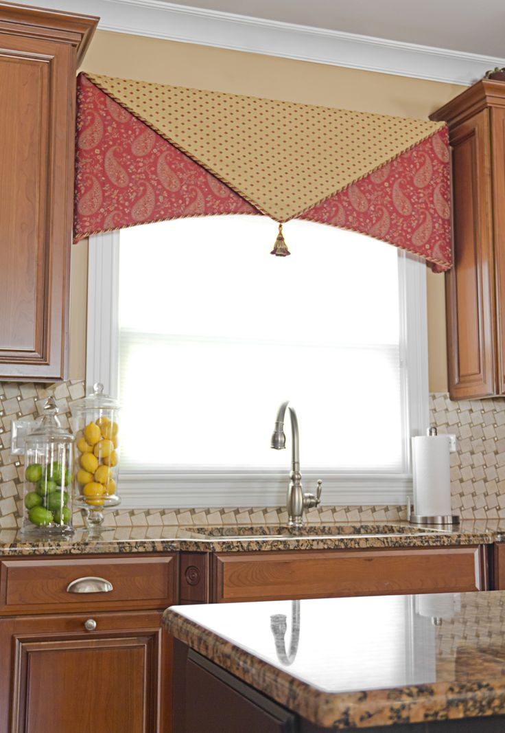 61 best images about windows valances and cornices on for Best window treatments for kitchen