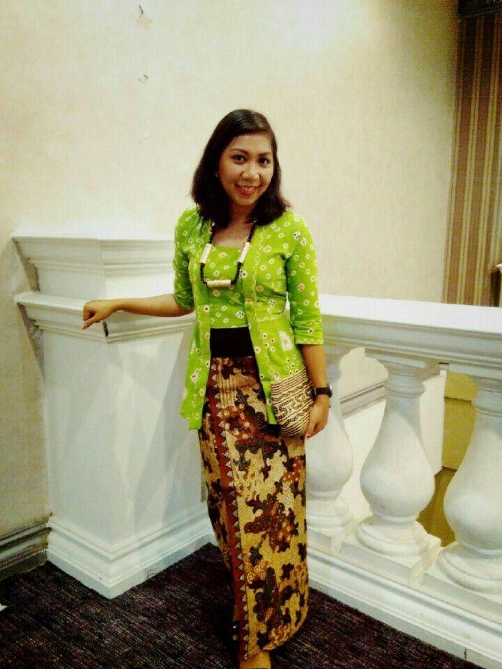 #kebaya #kutubaru #jumputan #batik #pamekasan #batikmadura