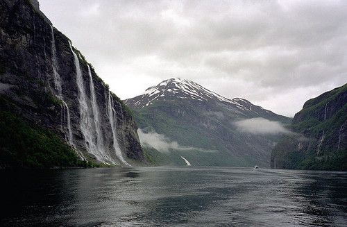 bathorynordland:    Fjord, Norway by halmorgan on Flickr.