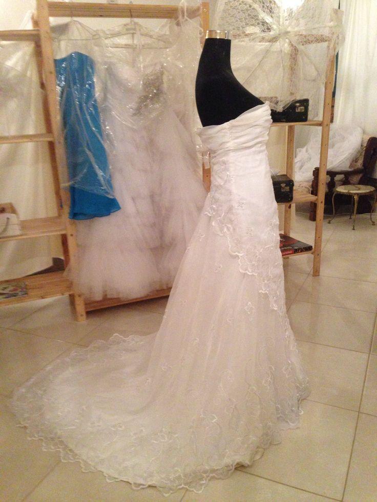 Chiffon embroided wedding dress