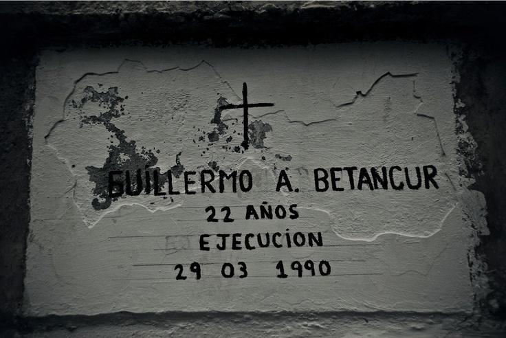 Ángeles en el limbo (XX)  Crédito: Rodrigo Grajales, 2012.