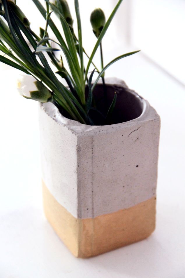 Cement + gold planter