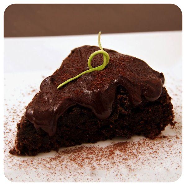 Bolo de chocolate e abobrinha vegano | Vídeos e Receitas de Sobremesas