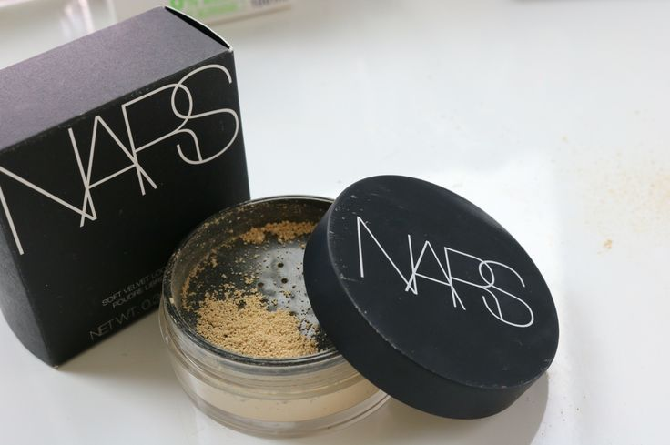Review on the NARS soft velvet loose powder is now on my channel!