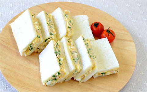 ブロッコリースプラウトとツナたま入りサンドイッチ