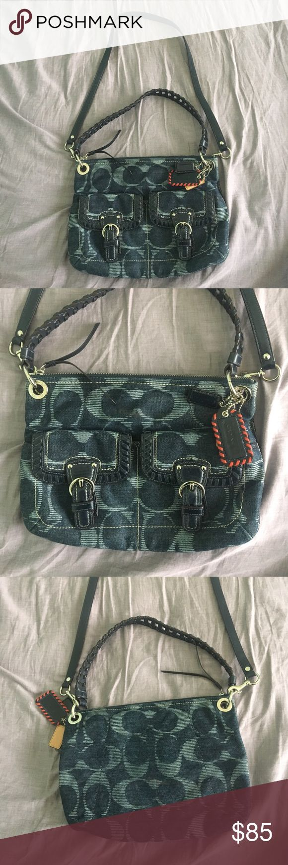 Authentic coach large crossbody bag Authentic large crossbody/messenger bag blue has a zipper, perfect condition, like new, no flaws Coach Bags Crossbody Bags