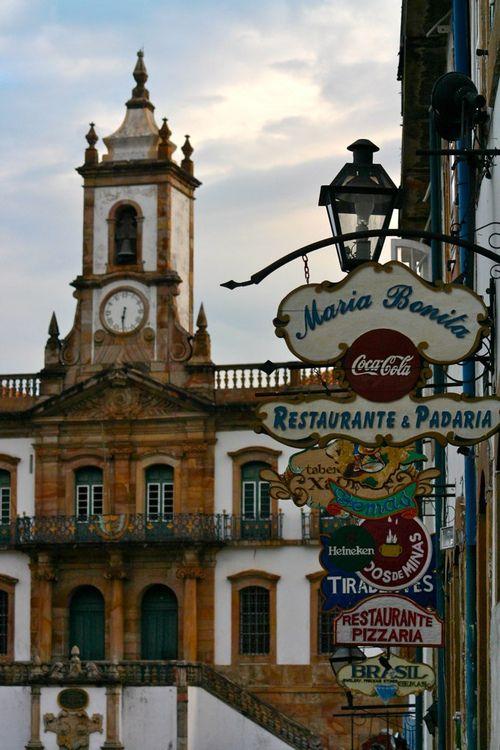 Ouro Preto, Minas Gerais, Brasil - (by westewoud)