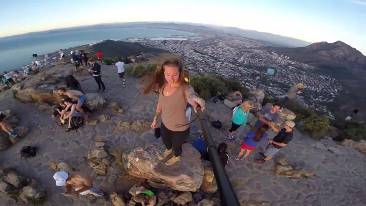 Sunset hike up Lions Head (Cape Town)