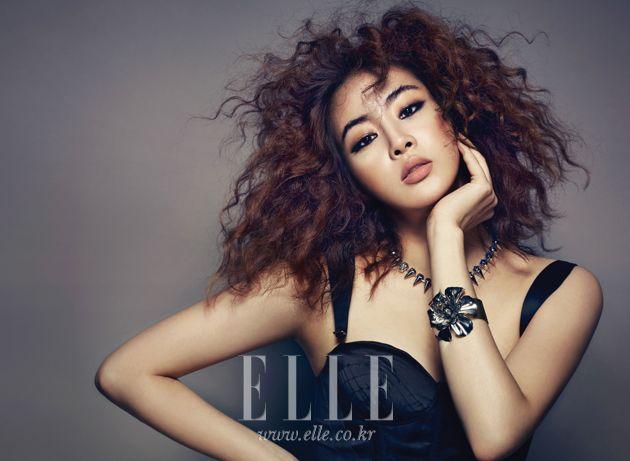 Elle Korea August 2012 | Find the Latest News on Elle Korea August 2012 at Twenty2
