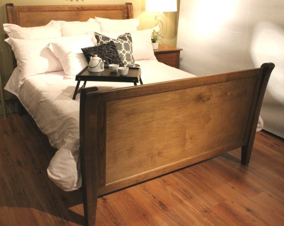 Urban Country Sleigh Bed with Sleigh Footboard