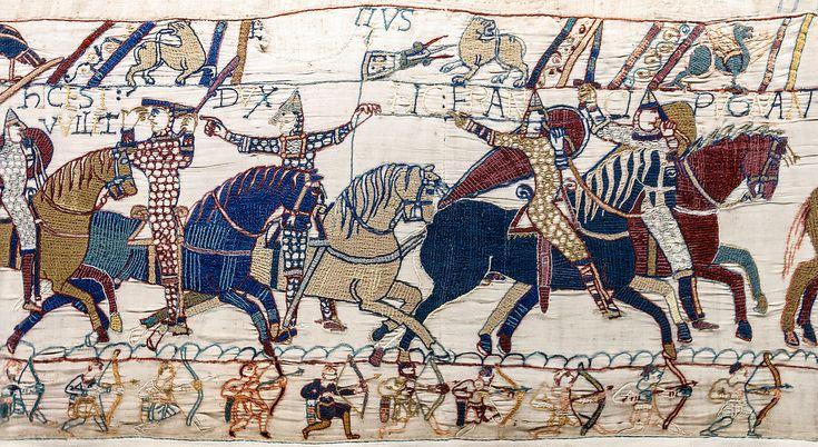 Het tapijt van Bayeux, detail (55) Hertog Willem is gewond, doet zijn vezier omhoog om herkent te worden en verzamelt zijn troepen.