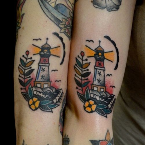 Nick reddy at hallowed ground body art in portland maine for Hallowed ground tattoo