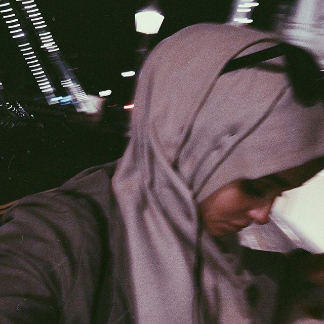 когда не хочется идти домой, потому что там никого нет. 💔