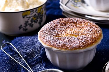Individual lemon delicious puddings