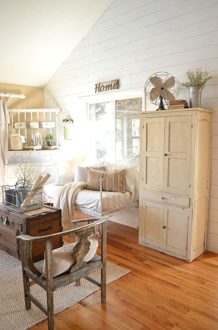 Beautiful farmhouse interiors beautiful home design for Farmhouse interior design characteristics