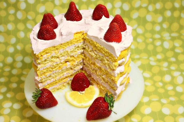Lemon Cake with Strawberry Butter Cream Icing | Recipe